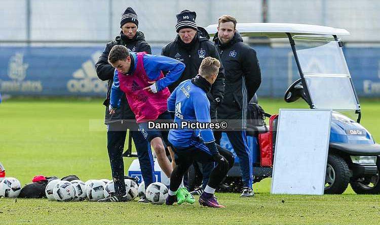 Bundesliga: HSV Training im Volkspark ohne 6 Stammspieler.
